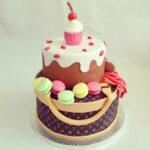 Vuitton cake